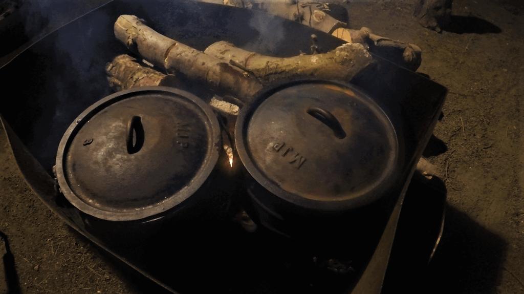 סיר פויקה - שני סירים על האש